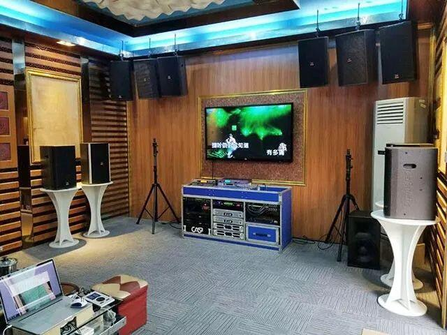 Exhibition halls be upgraded